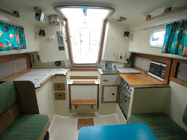 Pearson 33 salon looking aft
