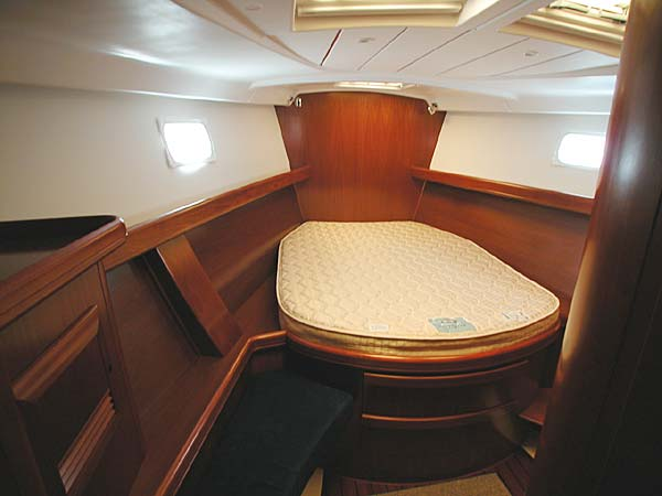 Click for larger image of master stateroom