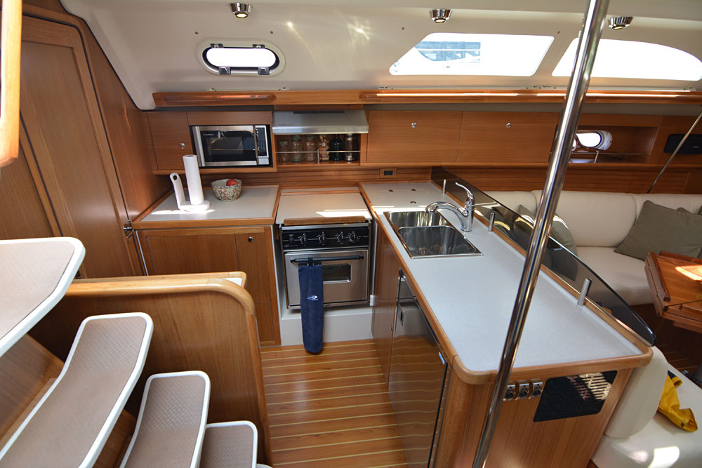 Catalina 445 Galley