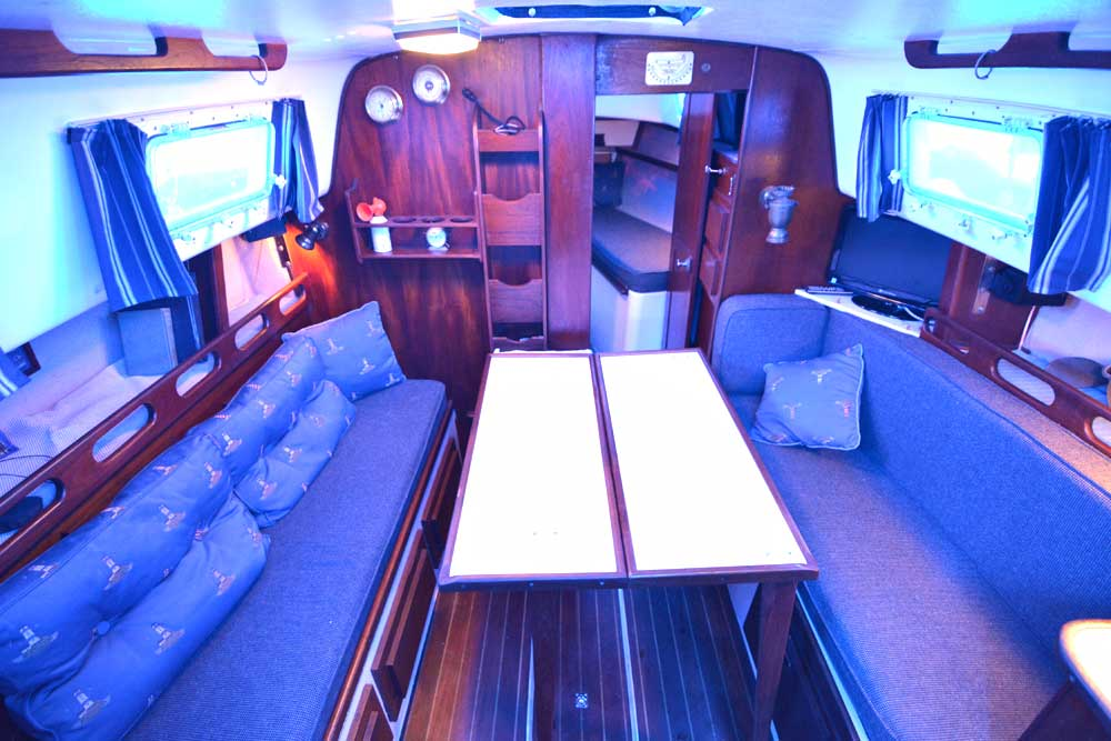 Hunter30 1979 On Trailer For Sale By Jan Guthrie Yacht