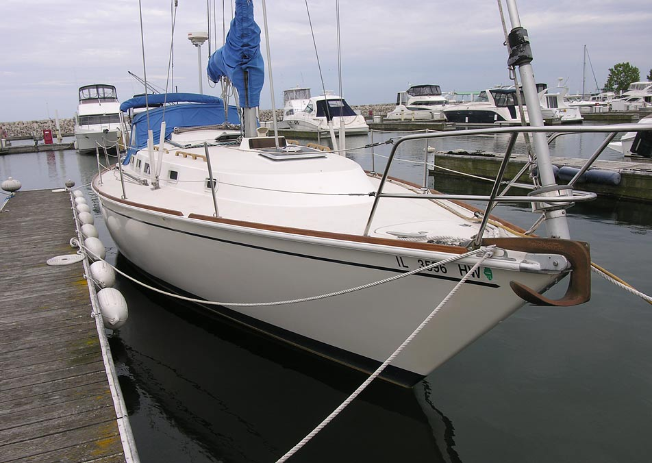 Pearson 36 dockside bow