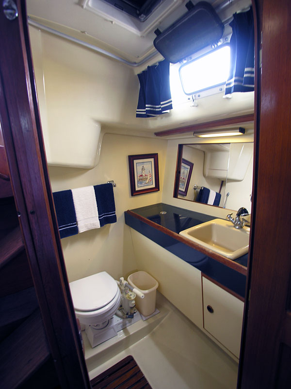 Pearson 36 2 1985 For Sale By Jan Guthrie Yacht Brokerage